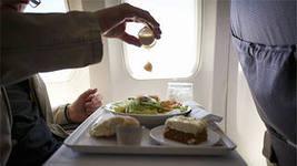 Можно ли в самолет брать еду?