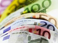 Какие деньги брать в Чехию и сколько?