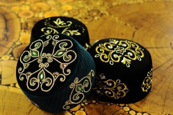 Какие сувениры привезти из Казани: одежда