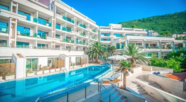 Отели Черногории для молодежного отдыха