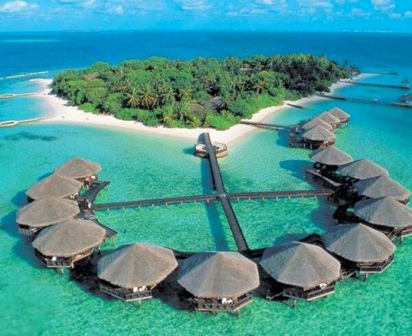 Отели Мальдив для отдыха с детьми