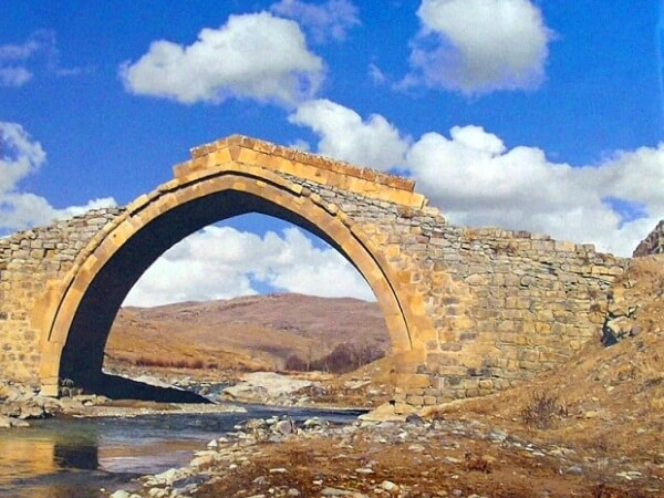 Степанакерт и его мосты