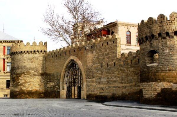 Чем славен город Баку: достопримечательности столицы