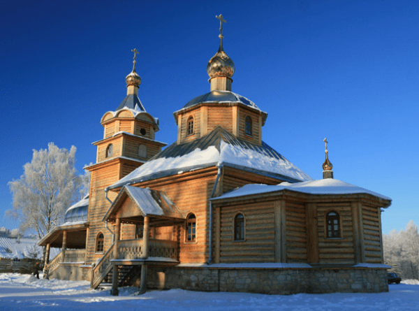 храмы обители