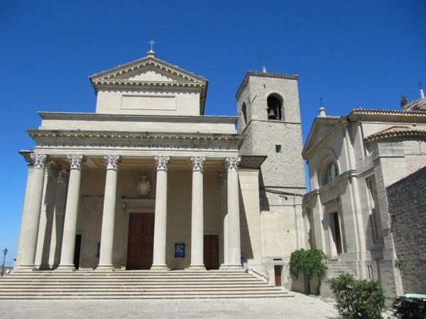 религиозный храм Сан-Пьетро