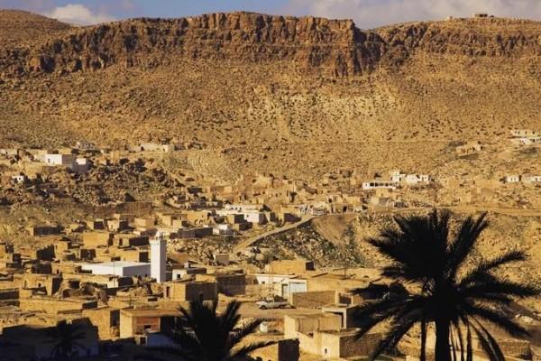 город Дуз в Тунисе