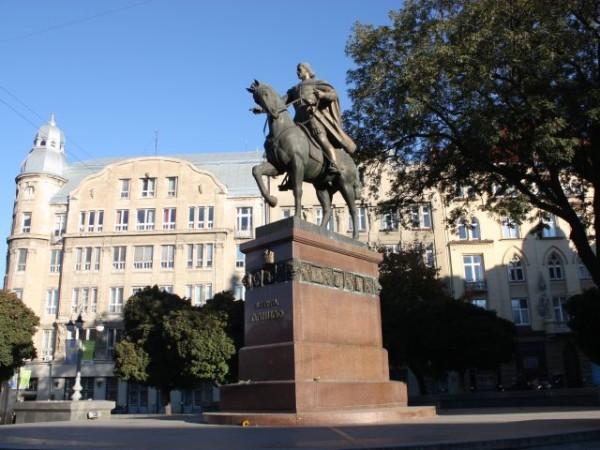 памятник Даниилу Галицкому