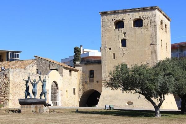 архитектурная крепость Торре Велья