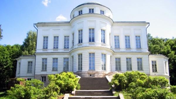 усадьба графа Бобринского в Центральном федеральном округе