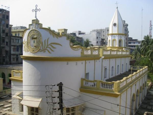 строение армянской церкви