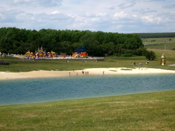 водоем и пляж