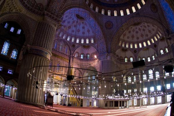 постройка мечети