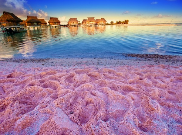 лучший розовый пляж