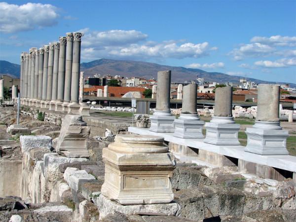 фото исторических остатков Агоры