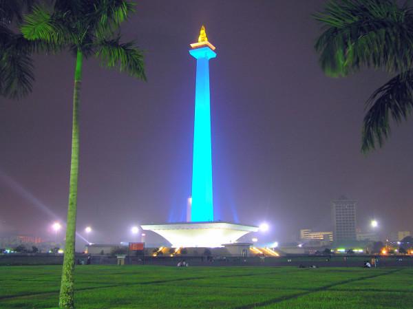 национальный памятник Индонезии