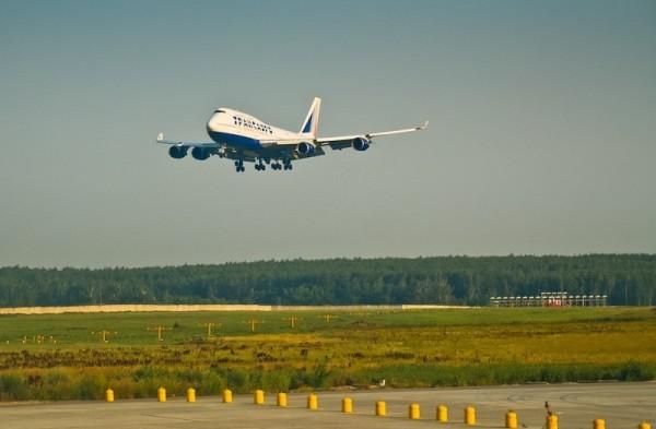 сколько времени длится полет?