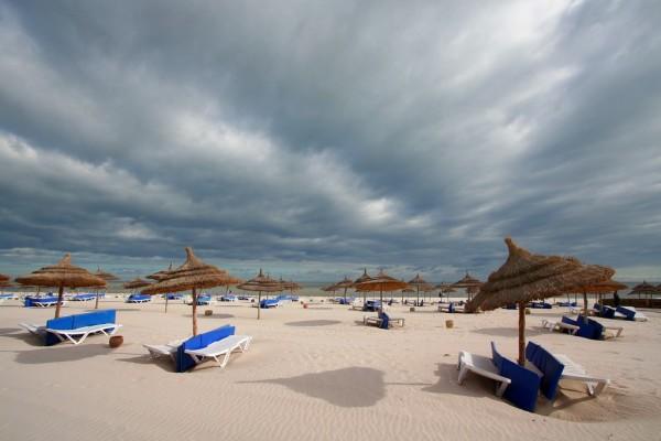какая погода на острове джерба