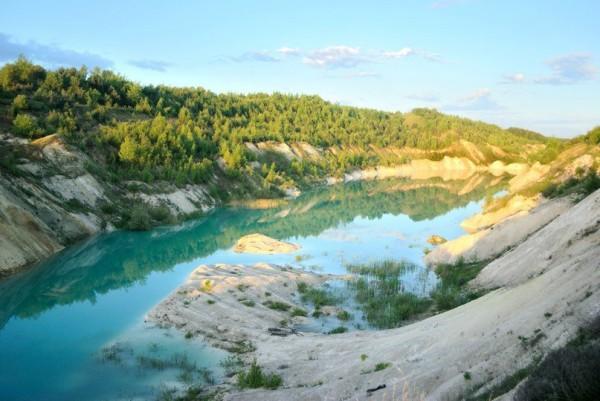 досуг на озерах в летний период