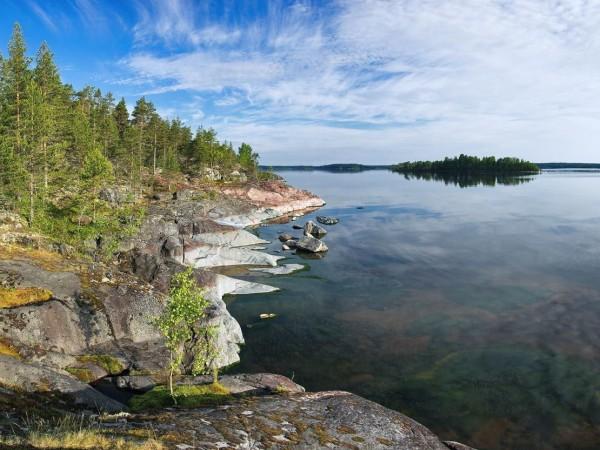 Ладожское озеро весной