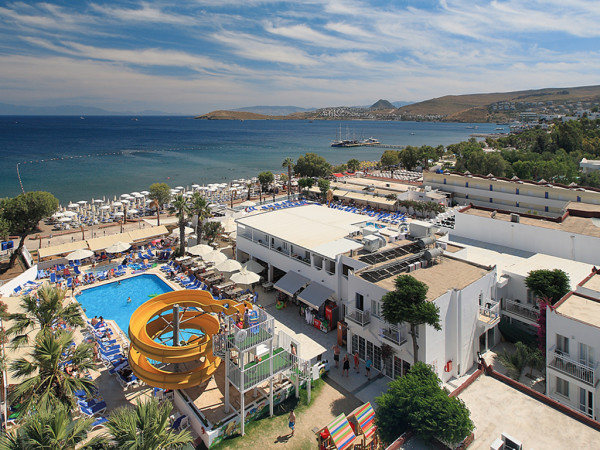 четырехзвездочный Petunya Beach Resort